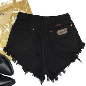 American Vintage Wrangler distressed mom shorts
